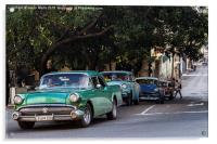Vintage cars in Havana climbing a hill, Acrylic Print