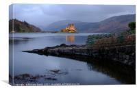 Eilean Donan Castle at dusk              , Canvas Print