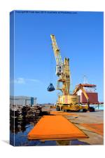 Dockside cranes with clamshell buckets