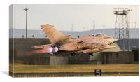 """Gulf War """" RAF Tornado Gr4"""" departs RAF Lossiemout, Canvas Print"""