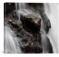 Water flowing over the Severn Breaks its Neck wate, Canvas Print