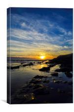 Creeping sun along the rocks, Canvas Print