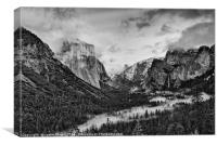 Dramatic View of Yosemite National Park from Tunne