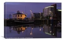 Hull Marina inner lock gates, Canvas Print