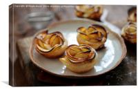 Pastry roses with apple