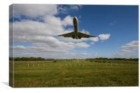 Vickers VC10 Landing Brize Norton, Canvas Print
