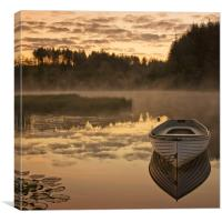 Loch Rusky gloaming light..., Canvas Print