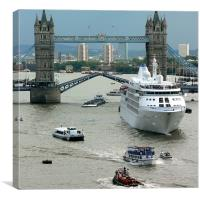 Busy Thames, Canvas Print