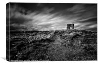 bw Dunnideer Hill Fort, Canvas Print