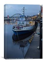 River Tyne Cruise Ship, Canvas Print