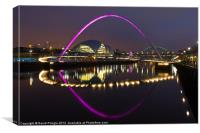 Gateshead Millennium Bridge II, Canvas Print