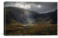 Shaft of light on Cwm Idwal, Canvas Print