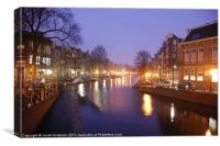 Prinsengracht canal early morning