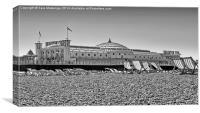 Brighton pier in black and white, Canvas Print