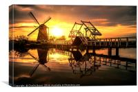 Sunrise on the Kinderdijk windmill, Canvas Print