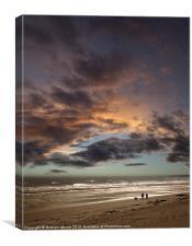 Couple walking on beach at sunset, Canvas Print