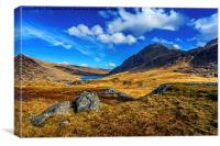 Tryfan and Llyn Ogwen, Canvas Print