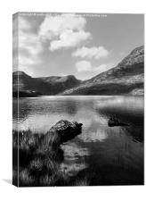 BLACK & WHITE LLYN OGWEN SNOWDONIA, Canvas Print