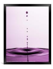 A row of water droplets, Framed Print