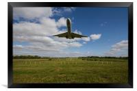 Vickers VC10 Landing Brize Norton, Framed Print