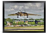 Vulcan To The Skies Landing - Farnborough 2014, Framed Print