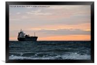 Sailing away, Framed Print