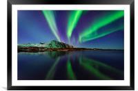 Northern lights in Lofoten, Framed Mounted Print