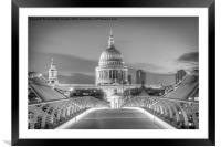 St Pauls London, Framed Mounted Print