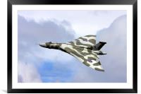 Avro vulcan bomber xh558 at Abingdon air show., Framed Mounted Print