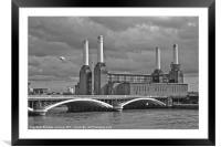 Pink Floyd's Pig, Battersea, Framed Mounted Print