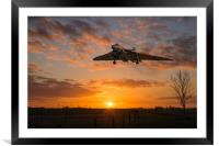 XH558 Comes Home, Framed Mounted Print