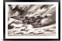 Avro Vulcan Bomber B2 (XH558), Framed Mounted Print