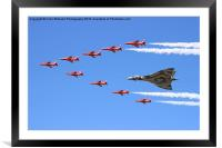 Final Vulcan flight with the red arrows 8, Framed Mounted Print